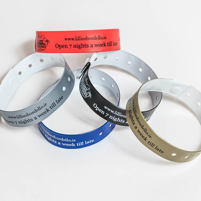 promotions-printed-vinyl-wristbands